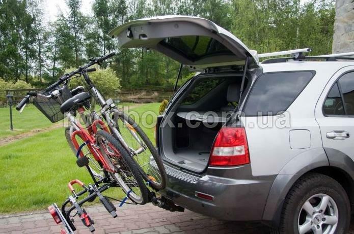 Велосипедное крепление на фаркоп Amos стальное для четырех велосипедов