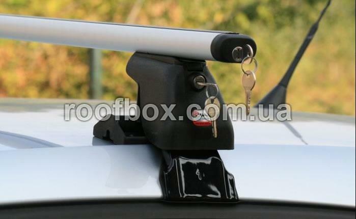 Фото - Автобагажник на крышу Amos алюминиевый под гладкую крышу