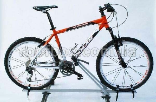 Крепление велосипеда на крышу Peruzzo Imola алюминиевое с замком, TUV до 60 мм рама