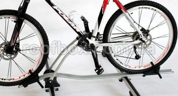 Крепление велосипеда на крышу Peruzzo Maranello алюминиевое с замком, TUV до 60 мм рама